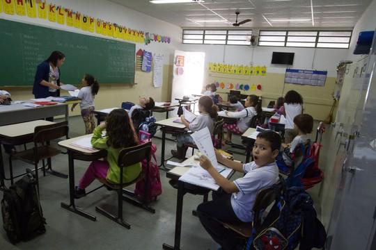 ILHA SOLTEIRA / SP - 21.08.2015: LOUSA ESCOLAR - Lousa em escola na cidade de Ilha Solteira. (Foto:) ORG XMIT: 985183 (Foto:  Ana Druzian /Fotoarena/Folhapress)
