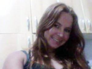Jovem é encontrada degolada em Itanhaém, no litoral de SP (Foto: Reprodução/TV Tribuna)