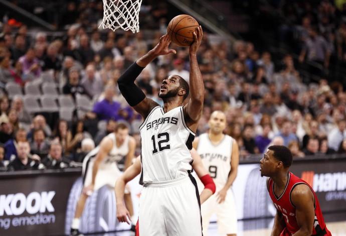 LaMarcus Aldridge Spurs x Raptors NBA (Foto: Reuters)
