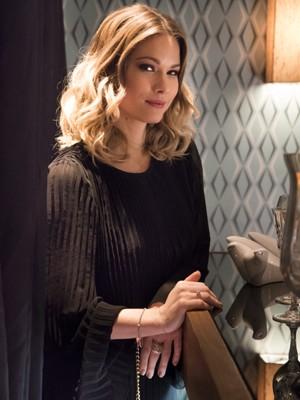 Karen Junqueira interpreta a vilã Jéssica em 'Haja Coração' (Foto: Divulgação/TV Globo)