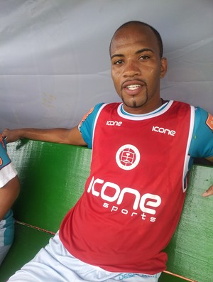 David Dener, centroavante da Desportiva Ferroviária (Foto: Bruno Marques/Globoesporte.com)