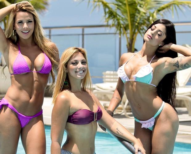 Bailarinas mostram os biquínis que são a cara do verão (Foto: Domingão do Faustão / TV Globo)