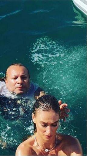 Vivi Orth e o maquiador André Veloso durante o ensaio da modelo para a Playboy, em Ilhabela (Foto: Reprodução/Instagram)
