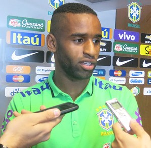 Maicon Seleção Brasileira de base (Foto: Felipe Schmidt)