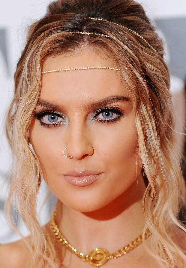 Perrie Edwards no BRIT Awards (Foto: Getty Images)