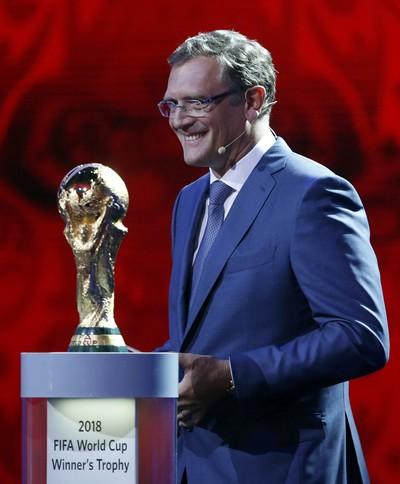 Jerome Valcke sorteio eliminatórias Copa (Foto: Reuters)