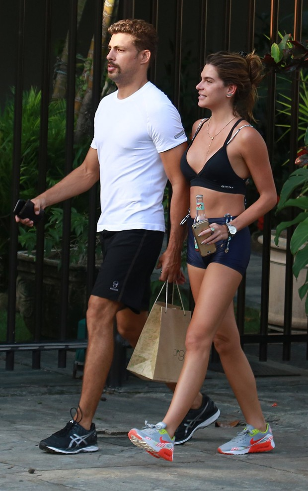 Cauã Reymond e a namorada, Mariana Goldfarb (Foto: Dilson Silva/ Agnews)