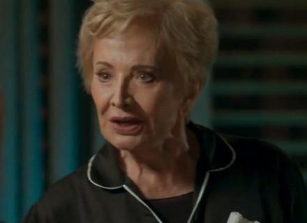 Teaser: Stelinha manda a real para Eliza sobre paixão de Arthur