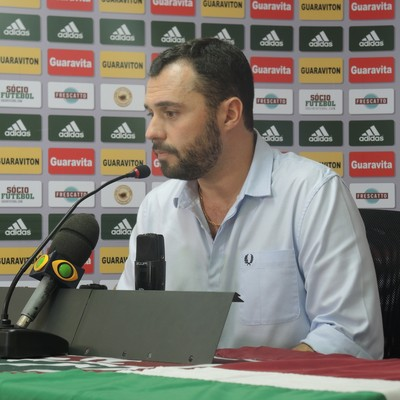 Mário entrevista Fluminense (Foto: Sofia Miranda)