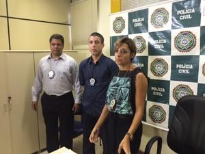 Delegada e peritos falaram sobre inquérito nesta terça-feira (29), em São Gonçalo (Foto: Cristina Boeckel/G1)