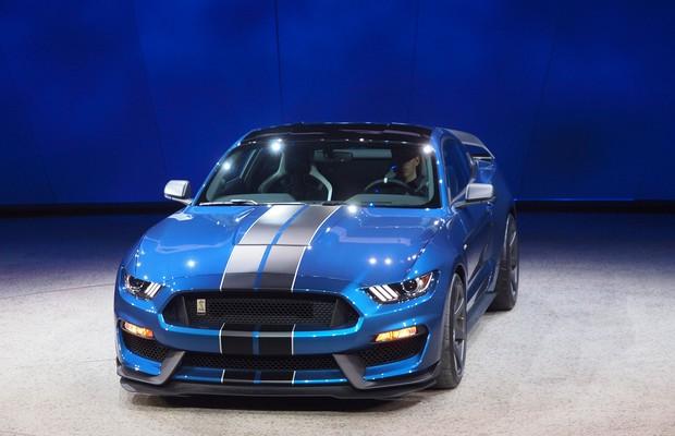 Ford apresenta Mustang Shelby GT350R em Detroit