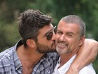 George Michael foi encontrado morto pelo namorado, Fadi Fawaz