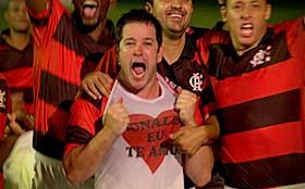 Tufão lidera vitória do Flamengo e dedica gol a Monalisa