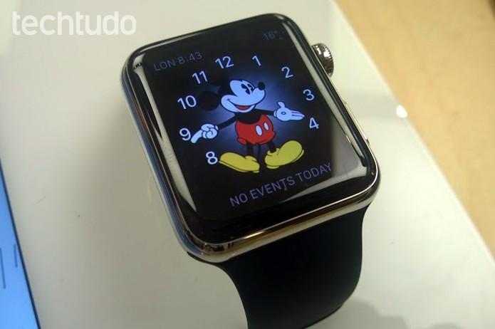 Apple Watch vai desembarcar no Brasil por preço salgado de R$ 2,9 mil (Foto: Elson de Souza/TechTudo)