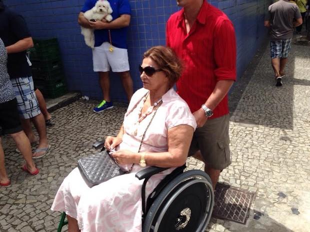 Deficiente não consegue votar em Vitória (Foto: Victoria Varejão/ G1)