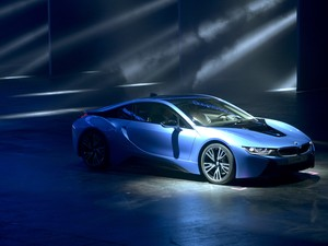 BMW i8 Hybrid (Foto: Johannes Eisele/AFP)