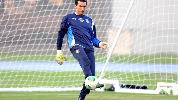 Buffon treino Itália  (Foto: André Durão / Globoesporte.com)
