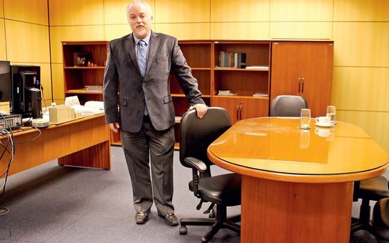 o procurador Carlos Fernando Santos Lima (Foto: Ernesto Rodrgiues/Folhapress)