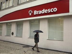 Agência do banco Bradesco no centro do Rio de Janeiro. (Foto: REUTERS/Pilar Olivares)