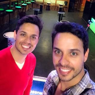 Mateus e Cristiano completam 20 anos de carreira e fazem em média 12 shows por mês (Foto: Divul)