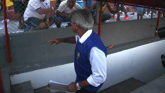 Arthur Bernardes técnico Nacional-AM (Foto: Marcos Dantas)