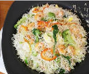 Aposte no bifum, macarrão oriental feito de arroz