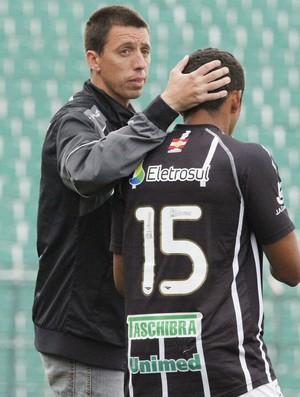 Fernando Gil, Figueirense (Foto: Divulgação / AV Assessoria de Imprensa)