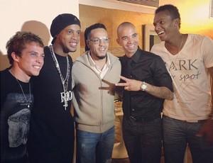 Bernard, Ronaldinho Gaúcho, Tardelli e Jô (Foto: Reprodução / Instagram)