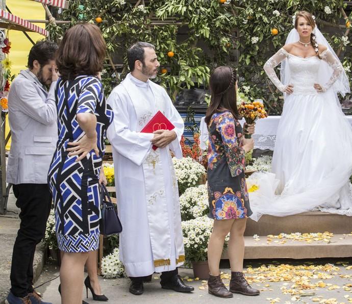 Tancinha se desespera com atraso de Apolo (Foto: Felipe Monteiro/Gshow)
