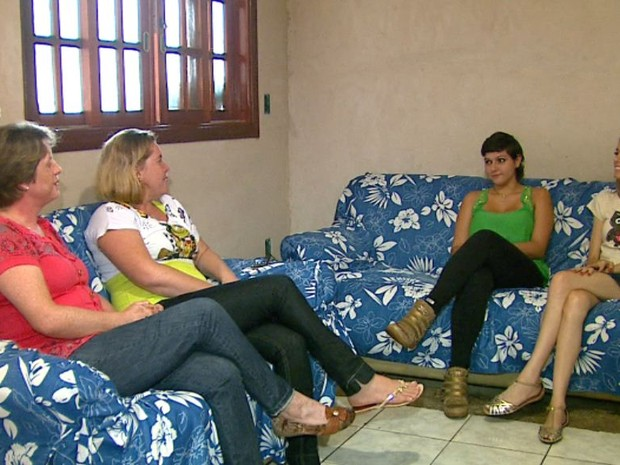 Mulheres se reúnem para falar sobre a superação do câncer (Foto: Paulo Chiari/EPTV)