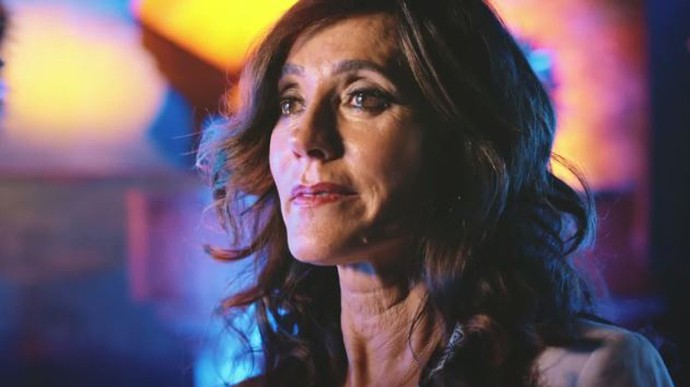 Iolanda pergunta a Afrânio se Martim morreu (Foto: TV Globo)