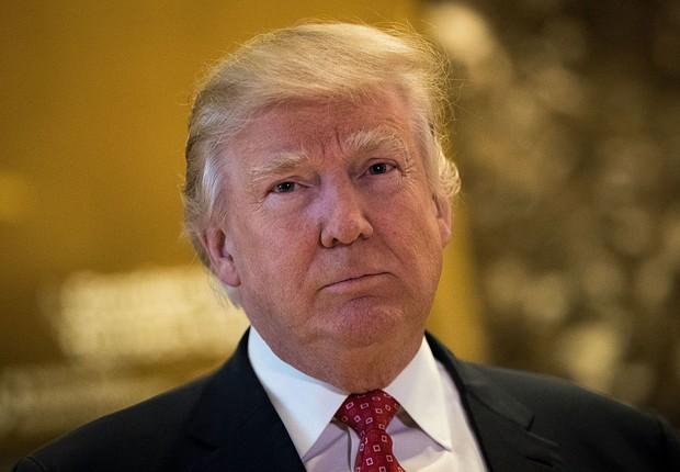 O presidente norte-americano Donald Trump após tomar posse (Foto: Drew Angerer/Getty Images)