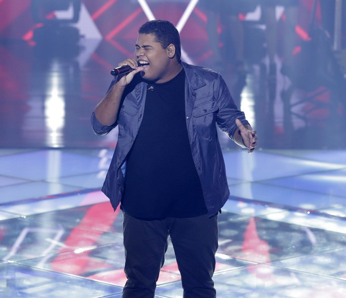 Danilo Franco cantou 'Just The Way You Are' (Foto: Artur Meninea/Gshow)