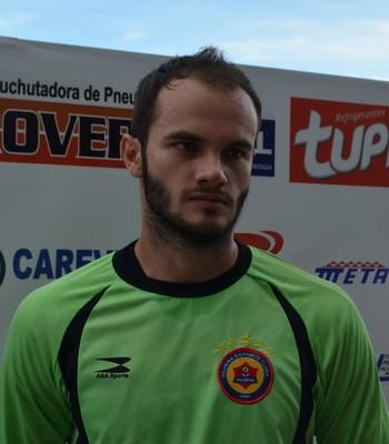 Juliano, goleiro reserva do Vilhena-RO (Foto: Dennis Weber)