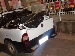 Segundo veículo foi encontrado abandonado. (Foto: Jadiel Luiz/Blog Vilares)