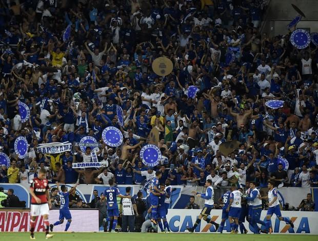 Flamengo x Cruzeiro - Torcida Cruzeiro gol