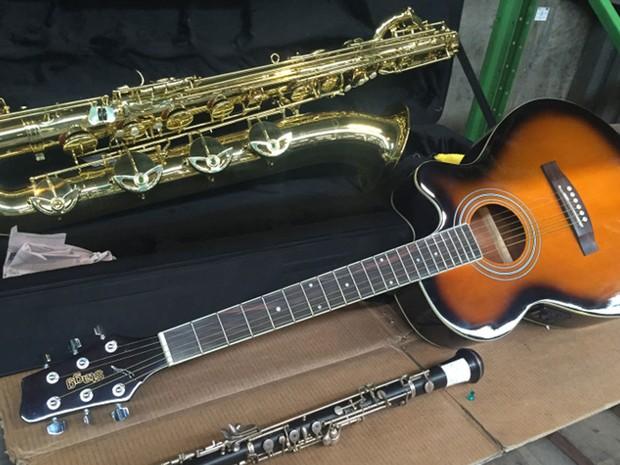 Instrumentos de sopro e corda também integrarão leilão (Foto: Divulgação: Receita Federal)