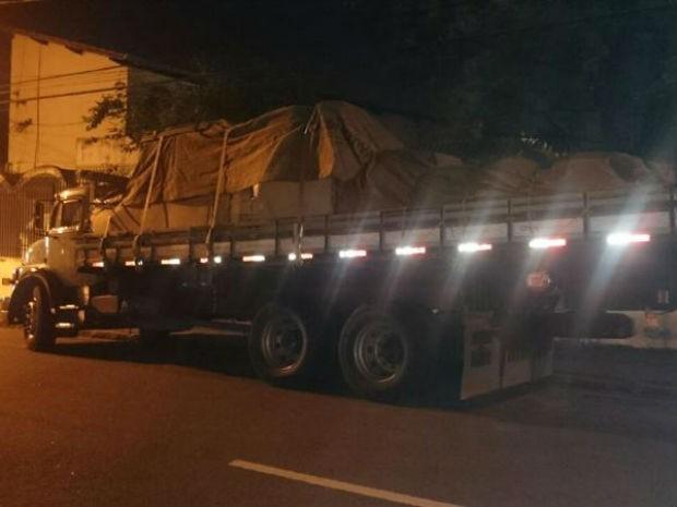 Dupla tentou roubar carga de caminhão em Itu (Foto: Polícia Militar/Divulgação)