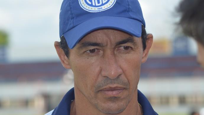 Betinho técnico do Confiança (Foto: Felipe Martins)