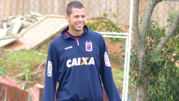 Léo Coelho, Santos (Foto: Divulgação/Paraná)