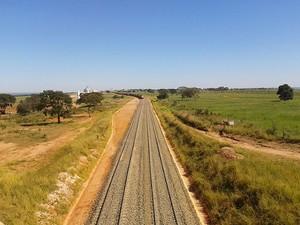 Ferrovia Itiquira (Foto: Vívian Lessa/G1)