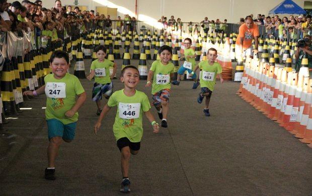 Corridinha Henrique Archer Pinto reúne 500 mini competidores (Foto: Marcos Dantas/ Globoesporte.com)