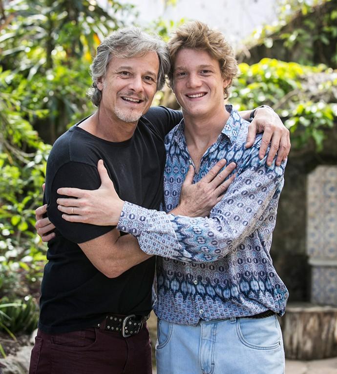 Marcello e Pedro Novaes, pai e filho, se consideram melhores amigos (Foto: Raphael Dias / Gshow)