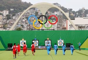 Tiro com arco Sambódromo (Foto: Agência Reuters)