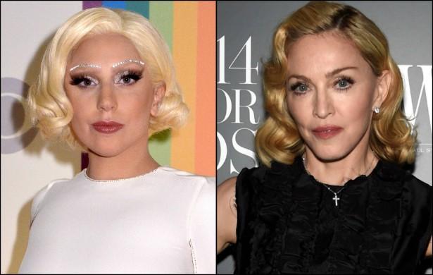 """LADY GAGA versus MADONNA — Não, você não leu errado. Estamos quase em 2015 e a rivalidade entre a rainha do pop e a """"Mãe Monstro"""" segue firme e forte, graças a novas provocações de ambas as partes. Primeiro, em agosto, veio a público uma música inédita de Madonna em que ela supostamente critica a colega que tem metade de sua idade: """"Você é uma cópia. Onde está a minha realeza? Você é uma garota bonita, tenho que admitir. Mas roubar a minha receita não cai bem em você (...) Você me estudou bem o bastante? Você nunca vai ser, você sempre será uma tentativa de mim"""". Dois meses depois, quando perguntaram a Gaga em uma entrevista quais eram suas influências, ela citou alguns cantores e concluiu falando: """"Eu gostaria de dizer [também] 'Madonna', mas vou te contar uma coisa. Se eu fosse uma artista consolidada, ia adorar ajudar jovens artistas"""". Tenso! (Foto: Getty Images)"""