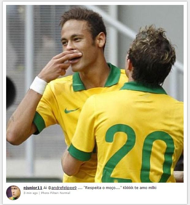 Neymar comemoração bigode André (Foto: Reprodução / Instagram)