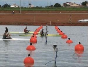 Raia olímpica de canoagem em Primavera do Leste (Foto: Reprodução/TVCA)