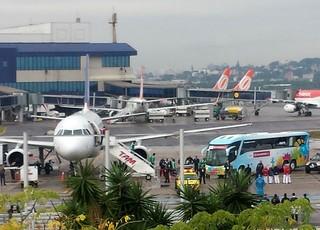 Desembarque Nigéria Porto Alegre (Foto: Thiago Lima)