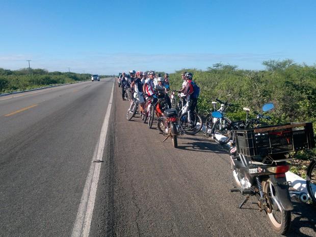 Acidente que vitimou ciclista aconteceu na BR-304, próximo a Serra do Mel (Foto: Marcelino Neto)