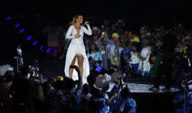Ivete Sangalo cerimônia de encerramento da Paralimpíada (Foto: Glaucon Fernandes/AgNews)